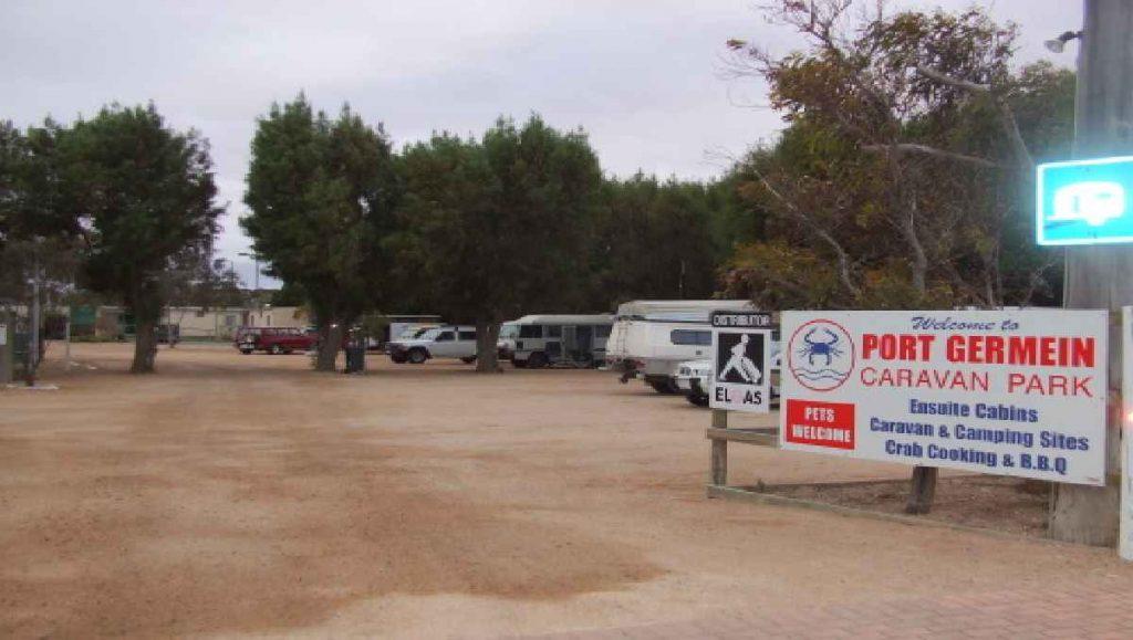 Caravan Park Entrance_1200